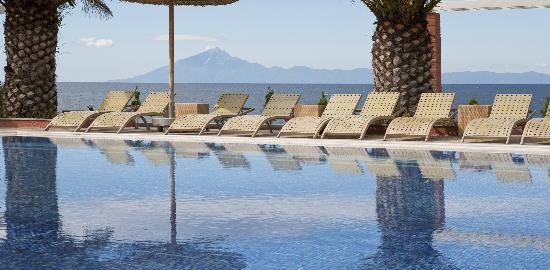 alexandra-beach-resort